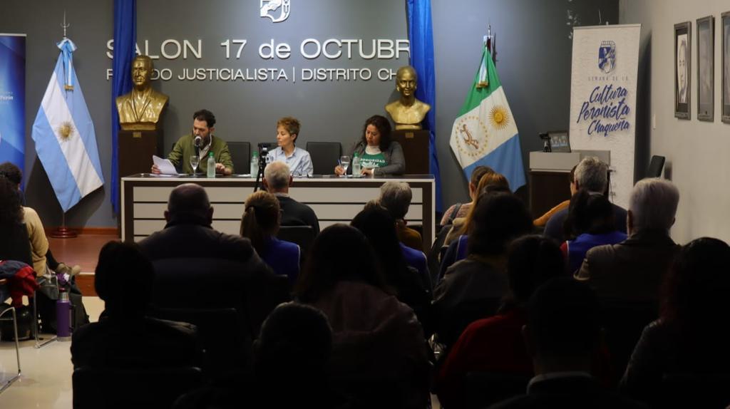 PJ-Periodismo-y-política-19-10-16-01
