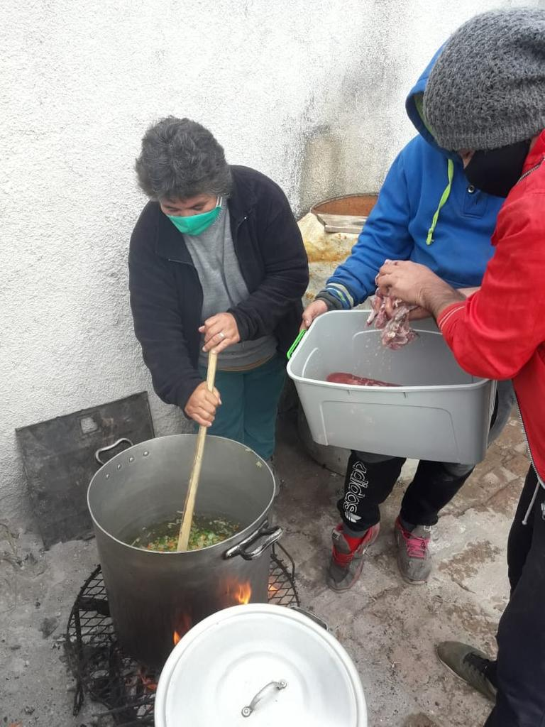 Barrios-de-Pie-Ollas-Populares-20-06-20-04