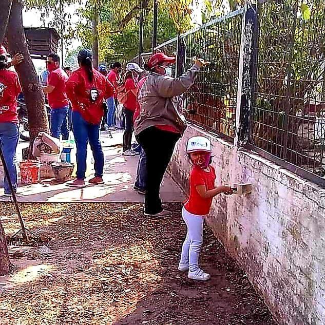 Mujeres-al-Frente-Escuela-43-La-Toma-20-10-02-04
