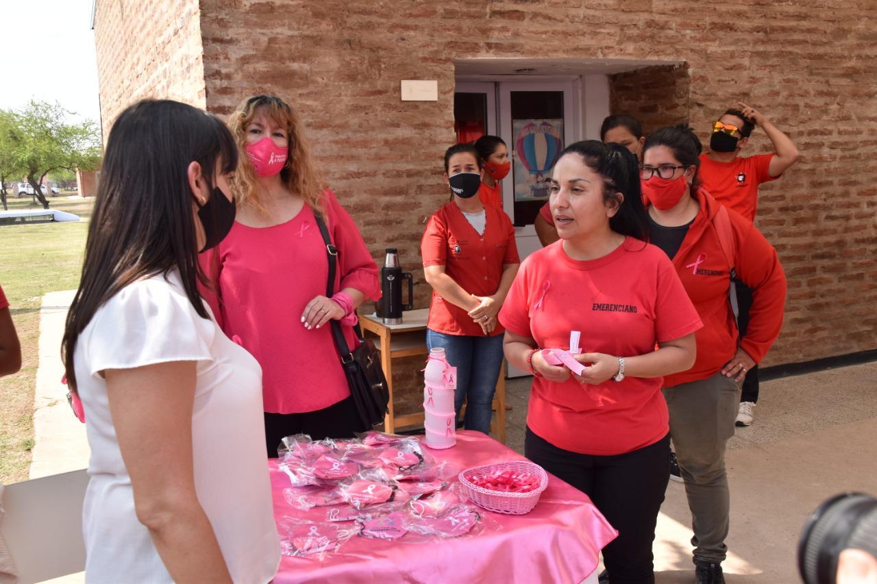 Mes-de-la-Mujer-centro-de-salud-20-11-11-04