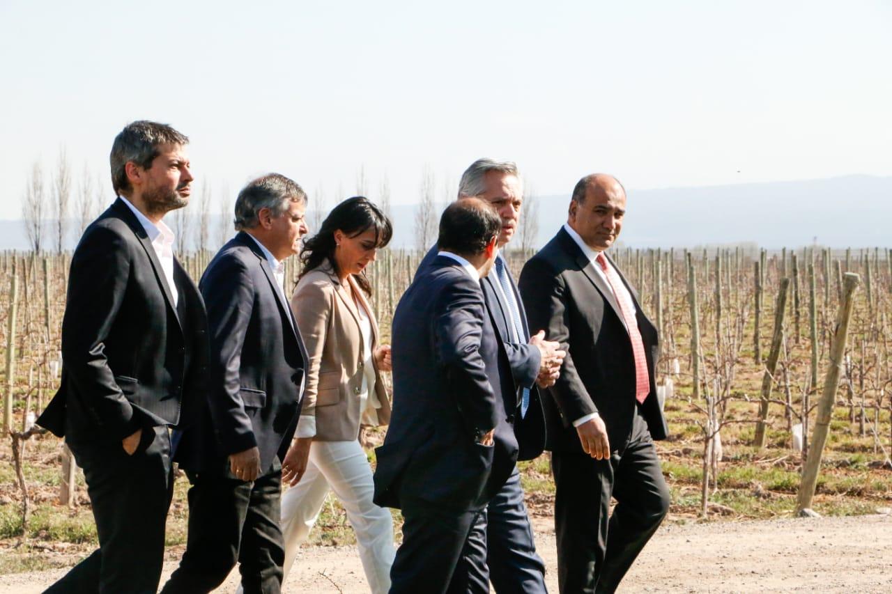 Encuentro-de-Gobernadores-Mendoza-19-09-24-02